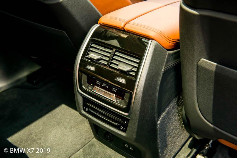 Điều hòa BMW X7 2019